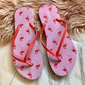 New old navy flamingo flip flops size 9